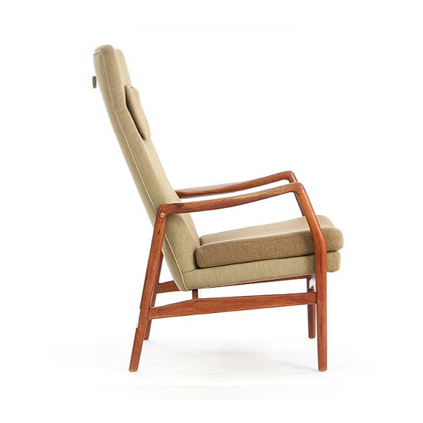 Kurt-Olsen-chair-with-teak-frame.-Model-215B.jpg