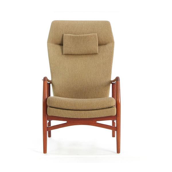 Kurt-Olsen-chair-with-teak-frame.-Model-215B.--Slagelse-Møbelværk-01.jpg