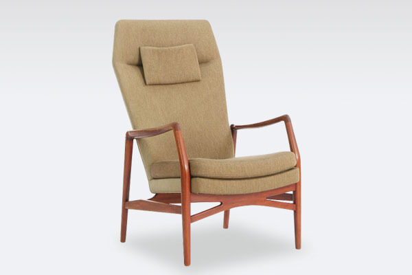 Kurt-Olsen-easy-chair-model-215B-01.jpg