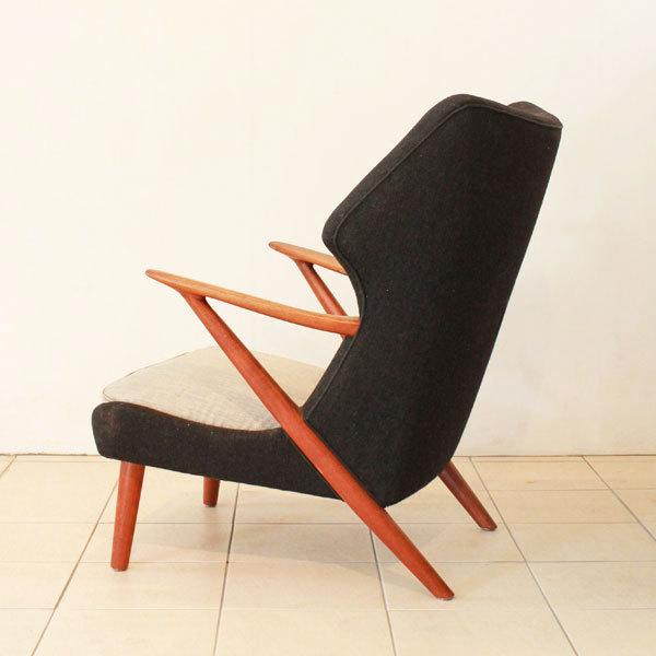 Kurt-Olsen-easy-chair-model-221-03.jpg