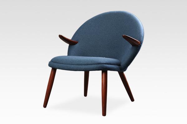 Kurt Olsen  Easy chair  Glostrup Mobelfabrik (3).jpg