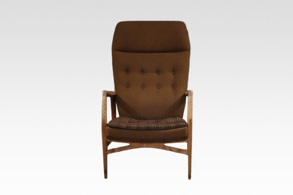 Kurt Olsen  High back easy chair  Andersen & Bohm (2).jpg