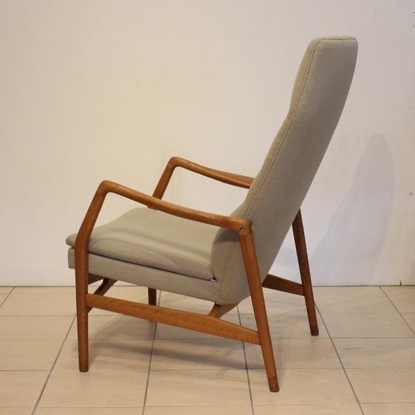 Kurt Olsen  High back easy chair  Andersen & Bohm (7).jpg