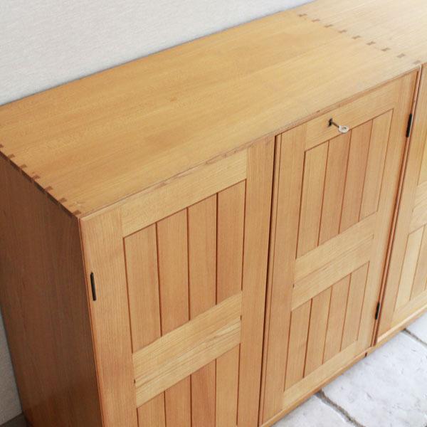 Mogens-Koch-Cabinet-03.jpg