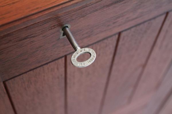 Mogens koch cabinet-06.jpg