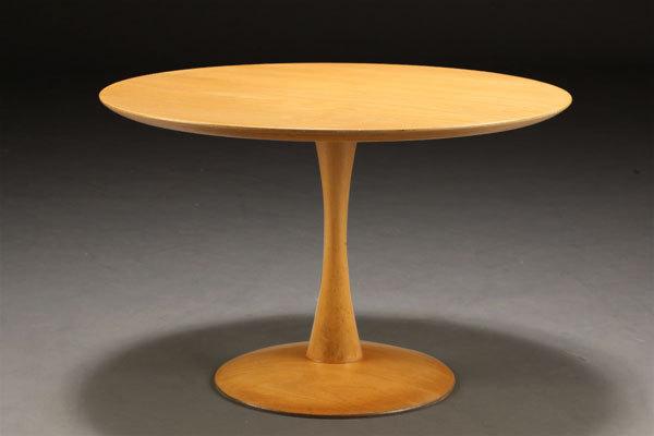Nanna-Ditzel-Round-Table-01.jpg