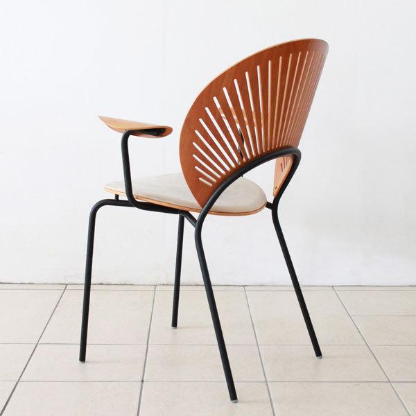 Nanna-Ditzel-Trinidad-chair-03.jpg
