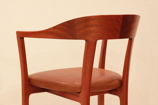 Ole-Wanscher-Armchair-06.jpg