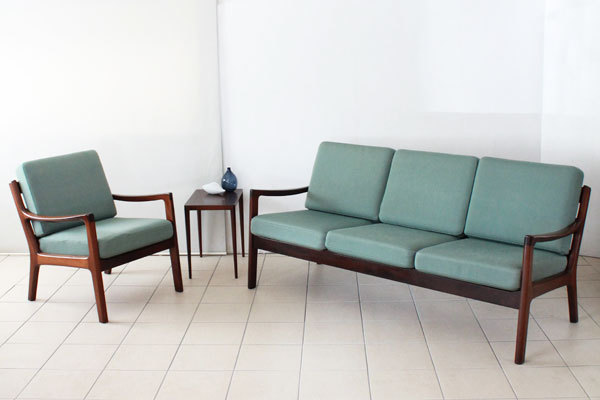 Ole-Wanscher-Sofa-set-01.jpg