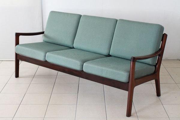 Ole-Wanscher-Sofa-set-02.jpg