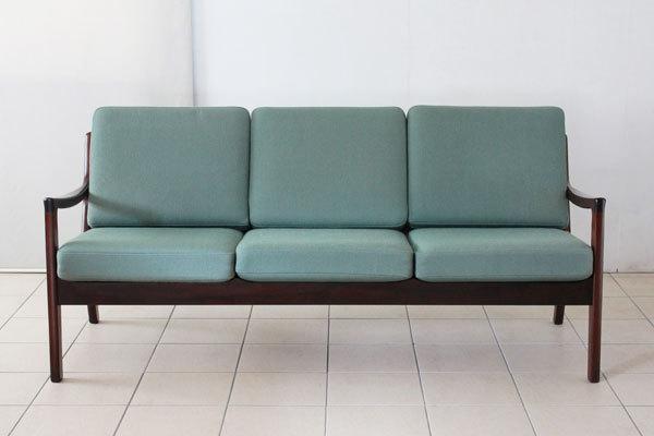 Ole-Wanscher-Sofa-set-03.jpg