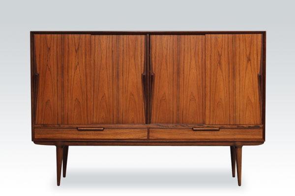 Omann-Jun-sideboard-rosewood-01.jpg
