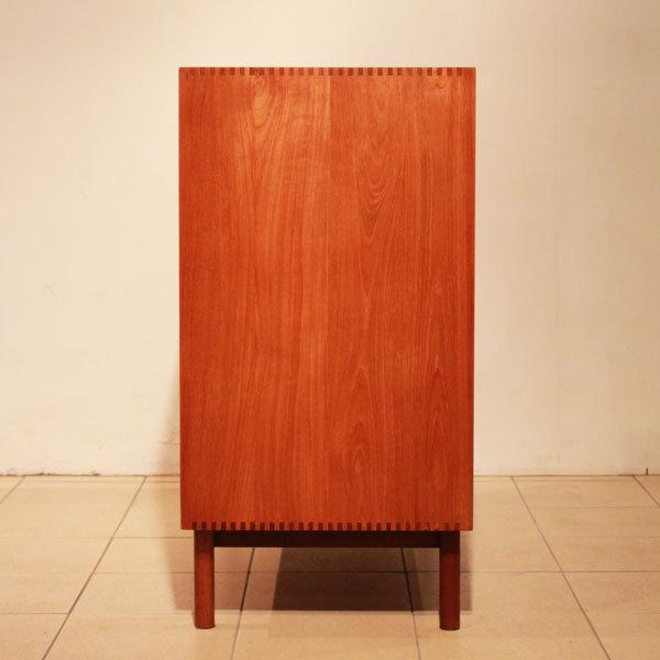 Peter-Hvidt-&-Orla-Molgaard-sideboard-teak-04.jpg