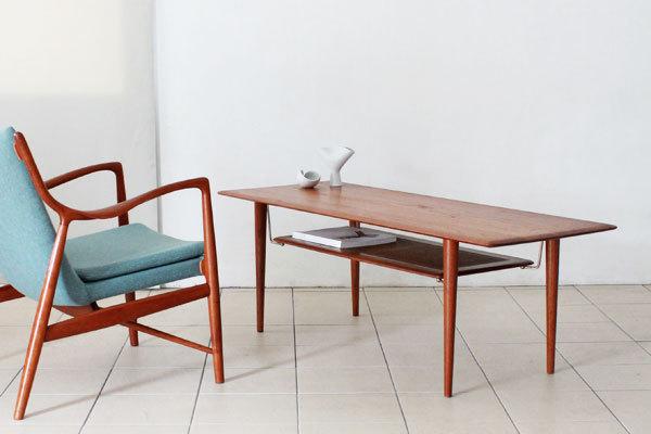Peter-hvidt-coffee-table-01.jpg