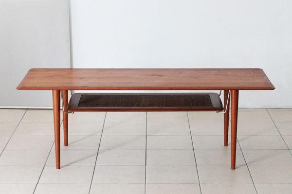 Peter-hvidt-coffee-table-02.jpg