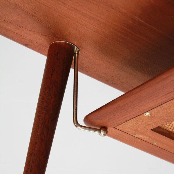 Peter-hvidt-coffee-table-04.jpg
