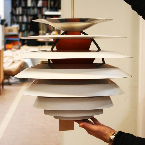Poul-Henningsen.-Contrast-lamp-04.jpg