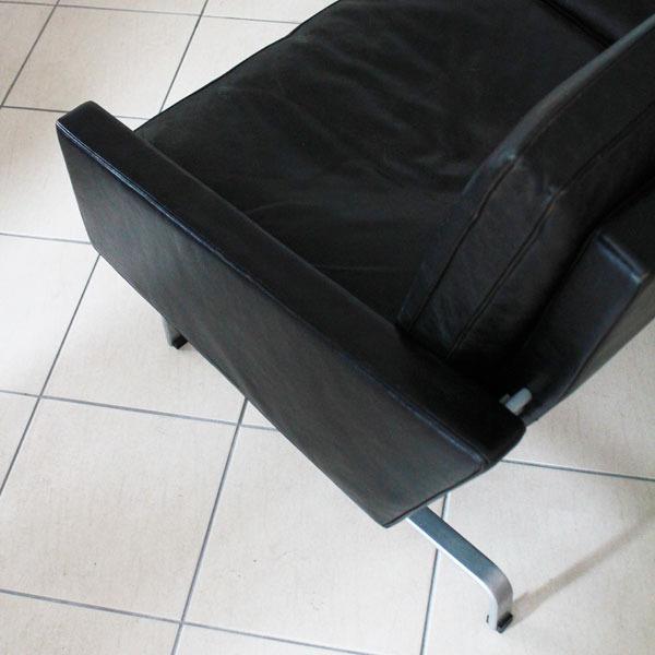 Poul-Kjaerholm-3seater-sofa-PK31-04.jpg