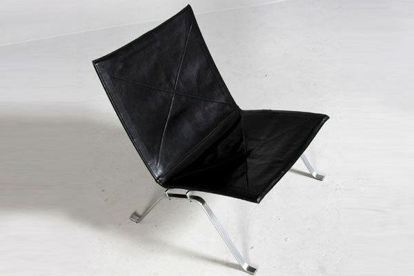 Poul-kjaerholm-PK22-black-01.jpg