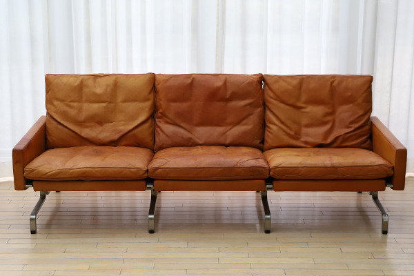 Poul Kjaerholm   Three seater sofa. PK-31  E. Kold Christensen  (4).jpg