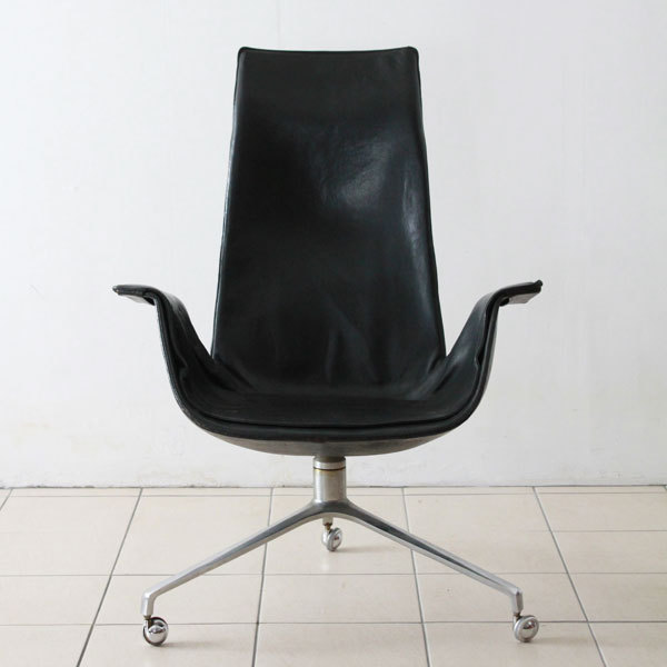 Preben-Fabricius-Tulip-chair-02.jpg