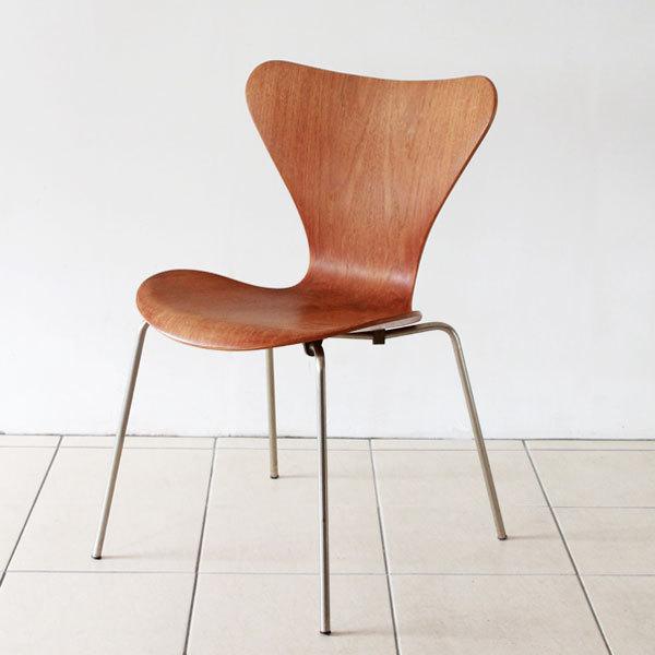 Seven-chair-Teak-02.jpg