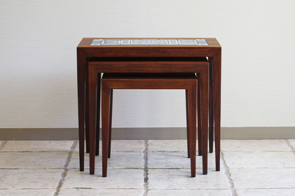 Severin Hansen Jr Nesting Tables .rosewood タイルトッップHaslev (8).jpg