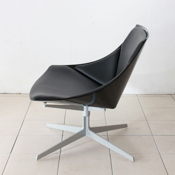 Space-chair-03.jpg