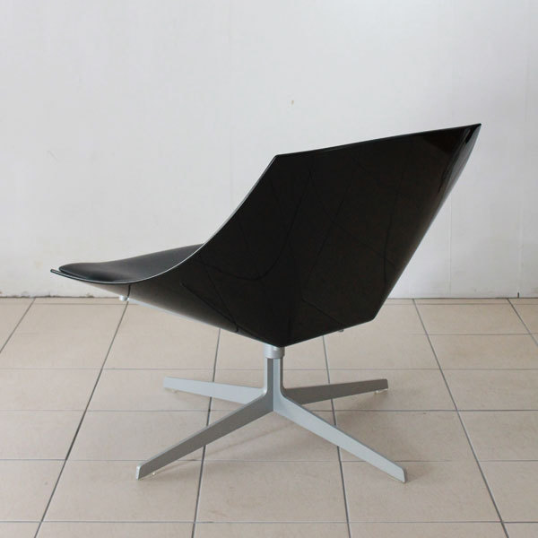 Space-chair-04.jpg