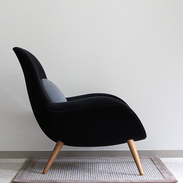 Space Copenhagen  Easy chair. Swoon  Fredericia (2).jpg