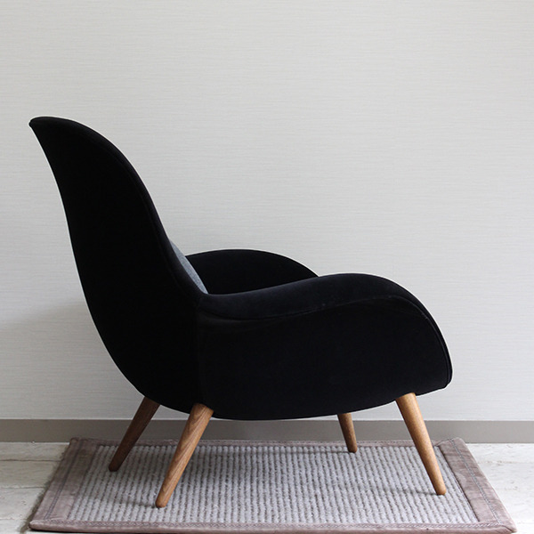 Space Copenhagen  Easy chair. Swoon  Fredericia (3).jpg