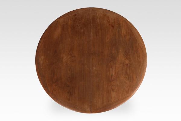 Svend Aage Madsen  Circular dining table  K. Knudsen & Son (3).jpg