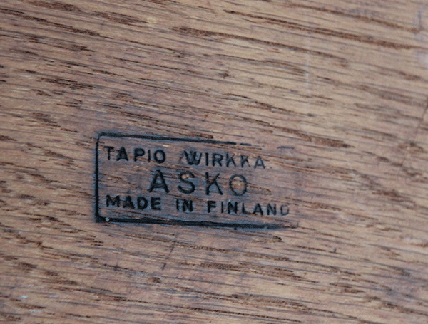 TAPIO-WIRKKALA--table-05.jpg