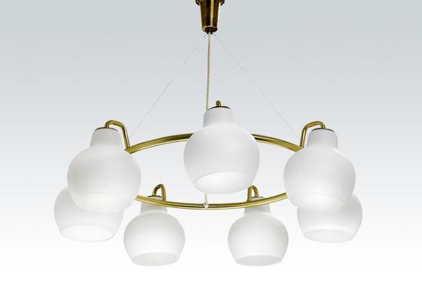 Vilhelm-Lauritzen-chandelier-01.jpg