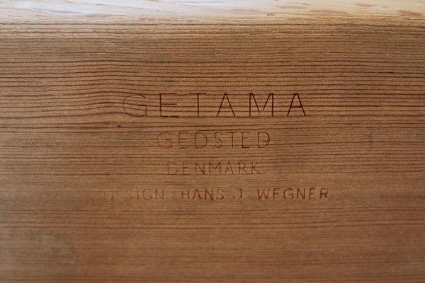Wegner-3seater-sofa-GE236-09.jpg