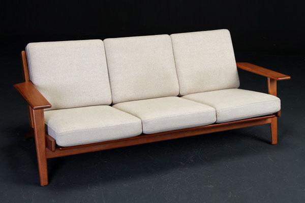 Wegner-3seater-sofa-GE290-Teak-01.jpg