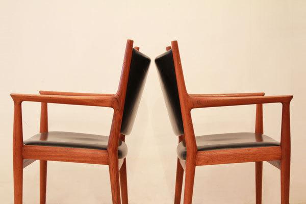 Wegner-Armchair-JH513-04.jpg