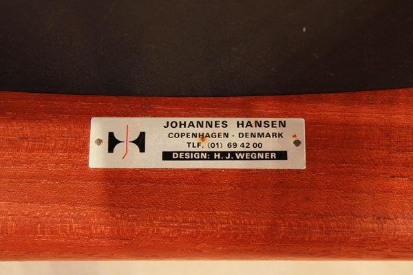 Wegner-Armchair-JH513-09.jpg