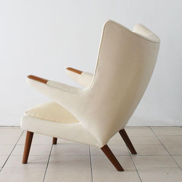 Wegner-Bear-chair-06.jpg