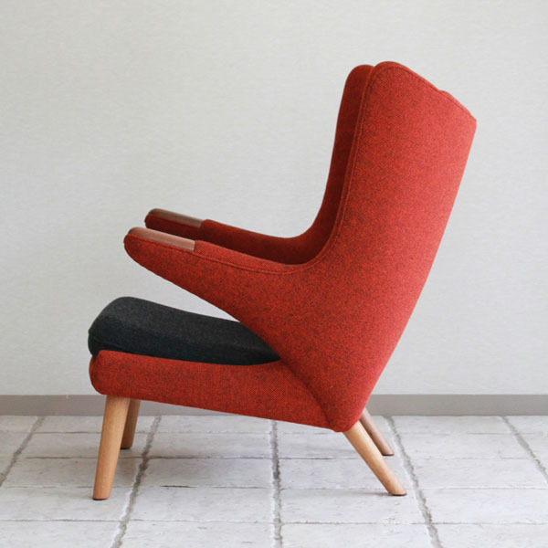 Wegner-Bear-chair-AP19-04.jpg