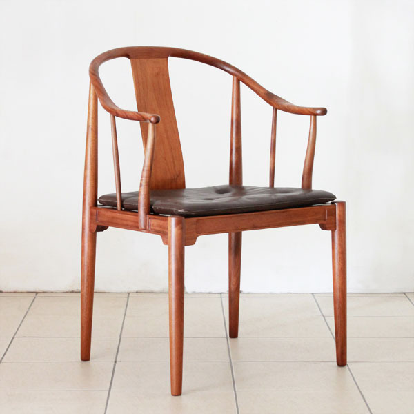 Wegner-Chinese-chair-02.jpg