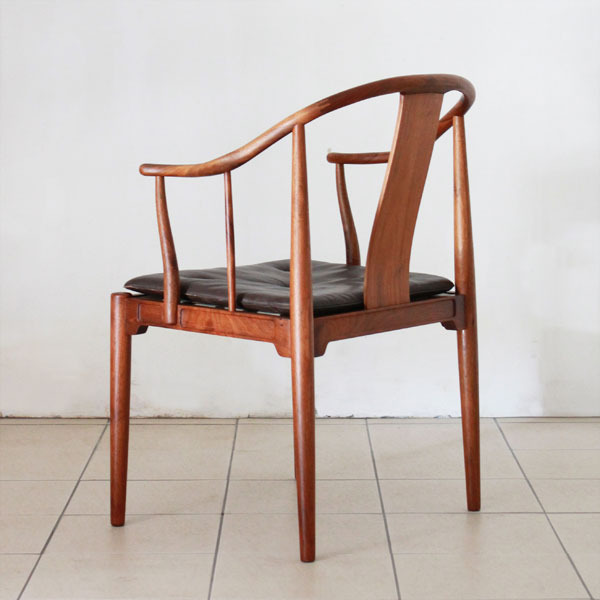 Wegner-Chinese-chair-05.jpg