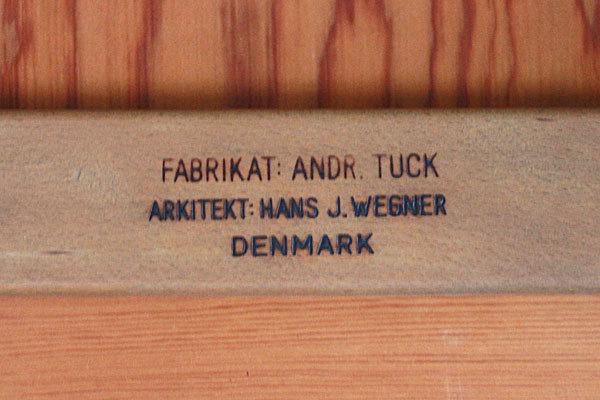 Wegner-Dining-Table-AT310-07.jpg