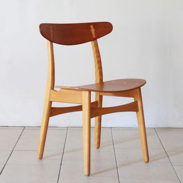 Wegner-Dining-chair-CH30-02.jpg