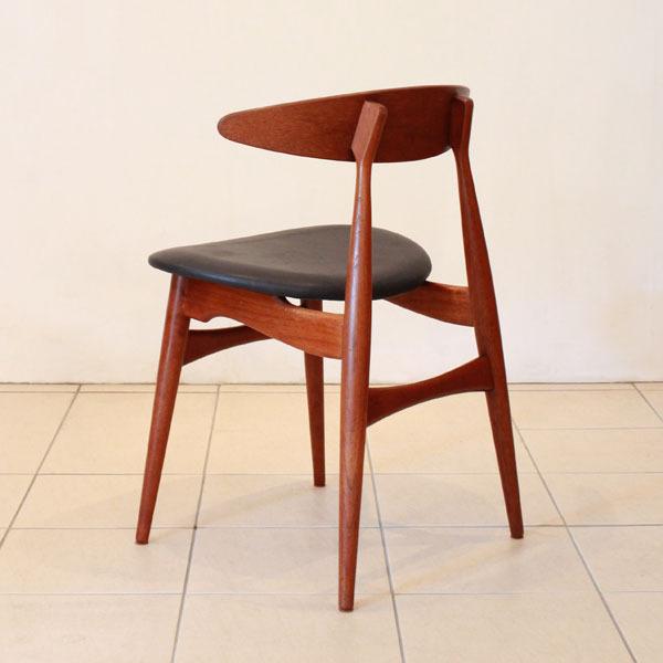 Wegner-Dining-chair-CH33-05.jpg