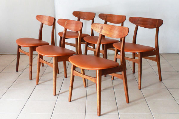 Wegner-Dining-chairs-CH30-03.jpg