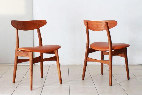 Wegner-Dining-chairs-CH30-04.jpg