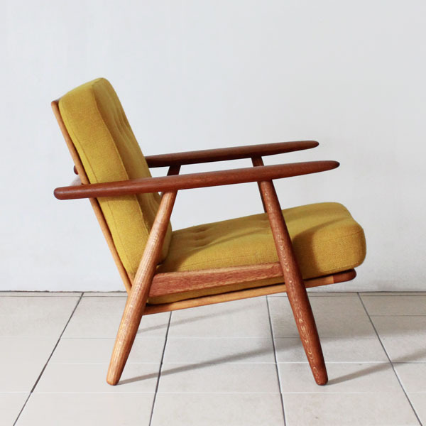 Wegner-Easy-chair-GE240-03.jpg