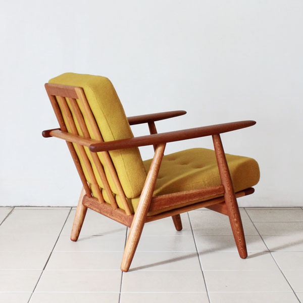 Wegner-Easy-chair-GE240-04.jpg