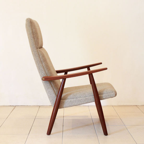Wegner-Easy-chair-GE260-04.jpg